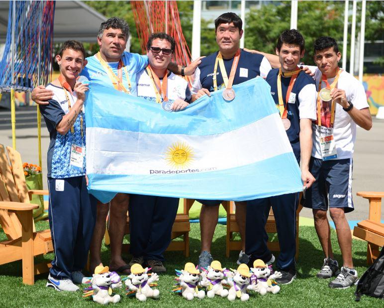El atletismo regala sonrisas y medallas