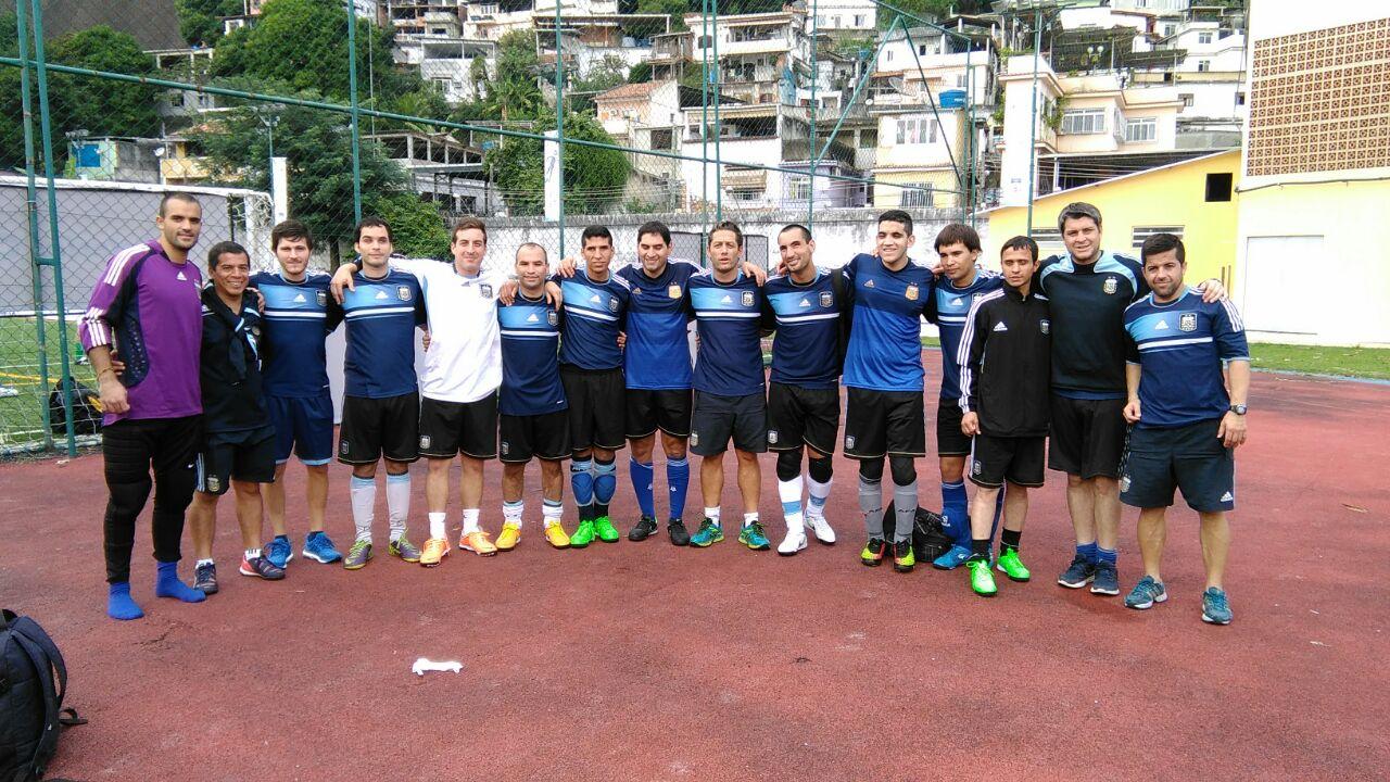 Fútbol para Ciegos: Argentina comenzó con el pie derecho